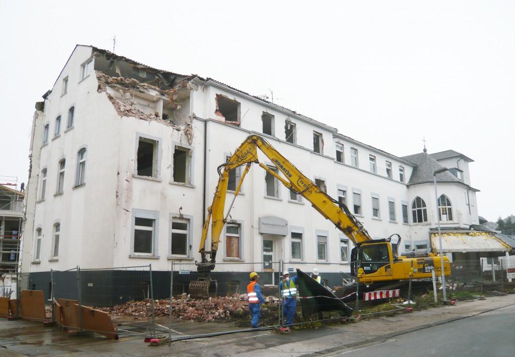 Abriss Restgebäude 20.10.15