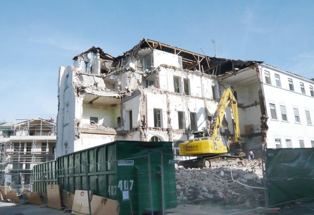 Abriß Restgebäude 26.10.2015